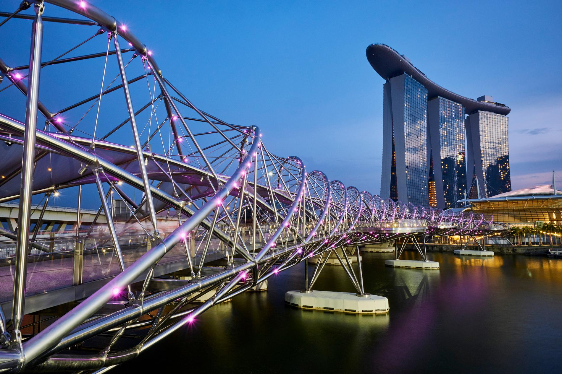 helix-bridge-singapore.adapt.1900.1.jpg